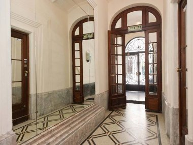 Rent  Temporary Apartment 1 Room in Recoleta, Guido and Junin