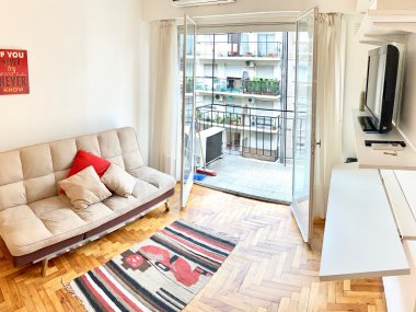 Rent  Temporary Apartment 1 Room in Recoleta, Aguero and Santa Fe